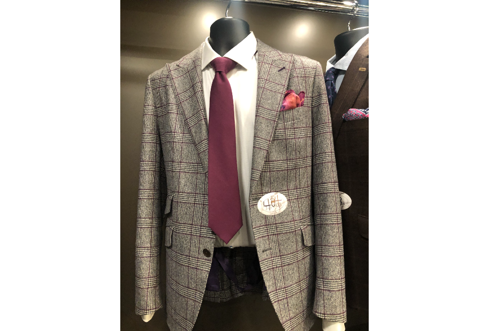 404 – SPORT JACKET GREY DISPLAY